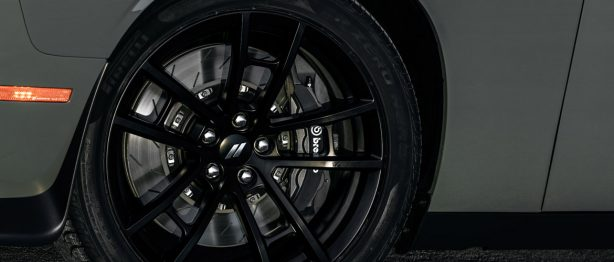 Challenger 392 tires