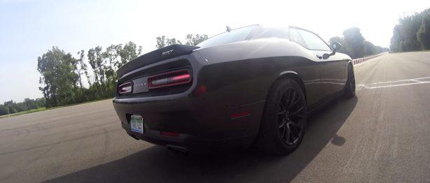 Dodge Challenger Black SRT