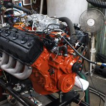 """Street HEMI's """"official"""" 425-horsepower rating came at 5,000 rpm"""