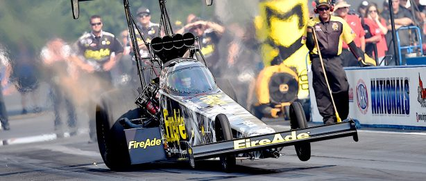Top fuel draggster