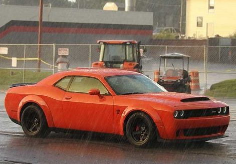 Dodge SRT Challenger
