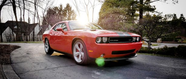 Red dodge challenger srt