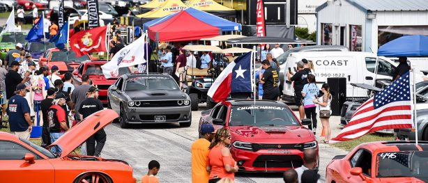 Line of cars at Lone Star Mopar Fest