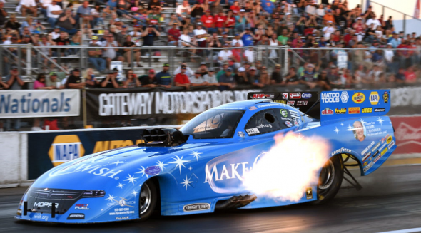 Tommy Johnson Jr. racing his Make A Wish funny car