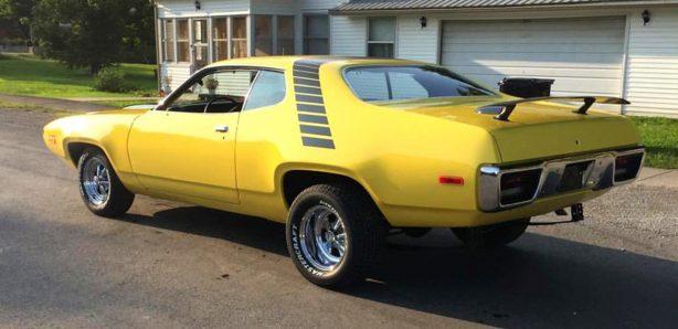 Top Banana Dodge Challenger