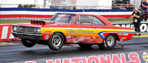 Jimmy Daniels racing in 2018 Dodge HEMI Challenge