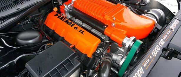 HEMI 6.1L engine