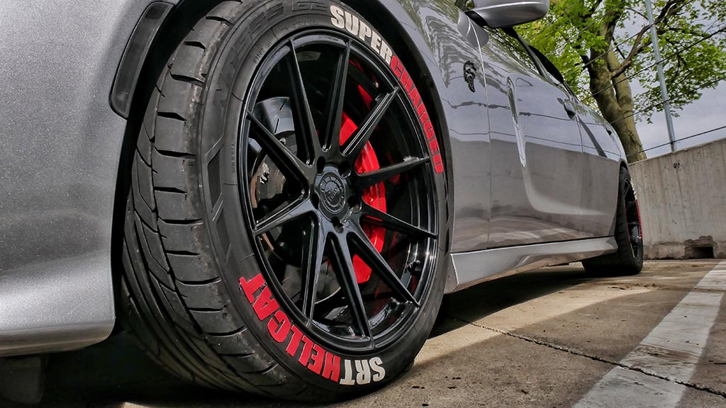 Wheel of SRT Hellcat Charger
