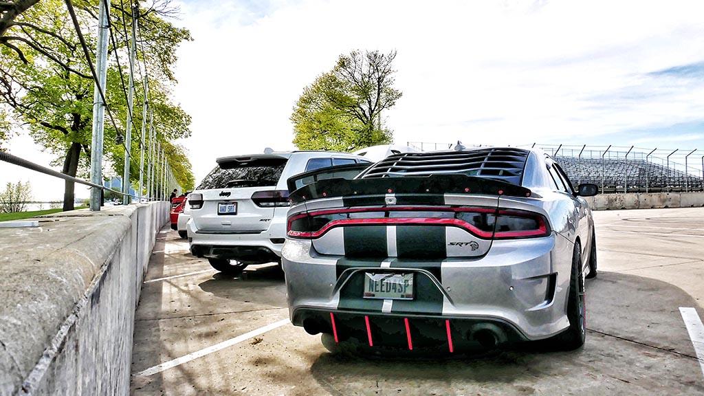 Dodge Hellcat SRT in Grey