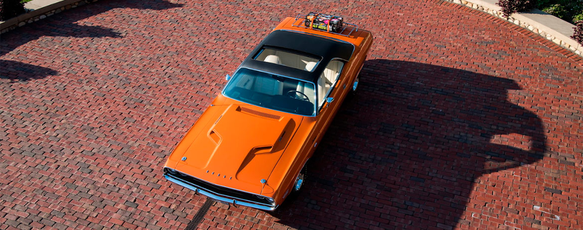 Orange 1970 Dodge HEMI Challenger R/T with sunroof