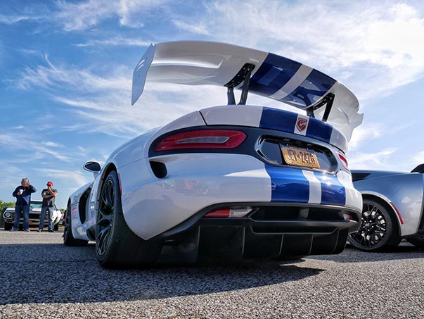 Rear end of white Viper ACR