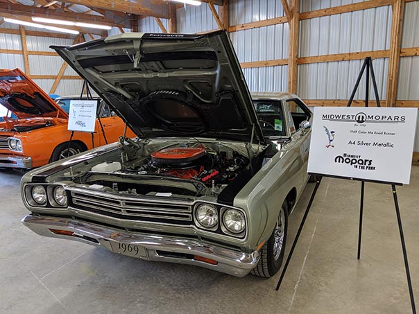 Silver Roadrunner on display at Mopars at the Park