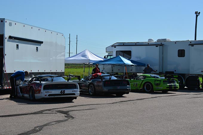 three dodge vipers parked in a line