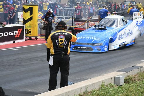 funny car on the starting line