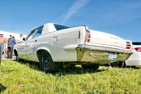 white dodge vehicle