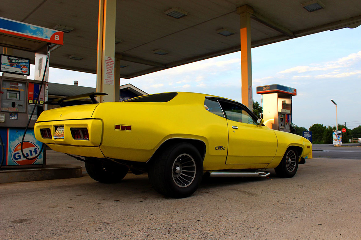 1971 Plymouth GTX at gas pump