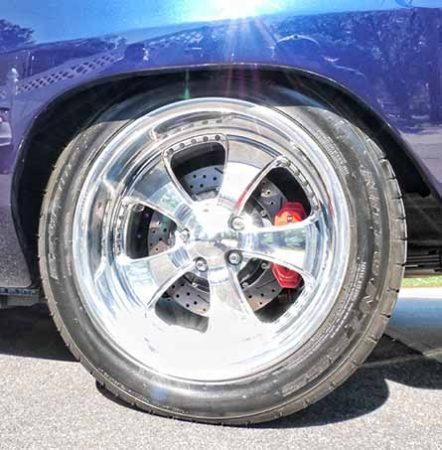 dodge vehicle wheel