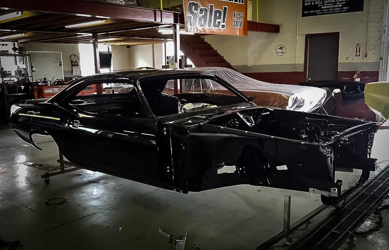 1971 Plymouth 'Cuda body