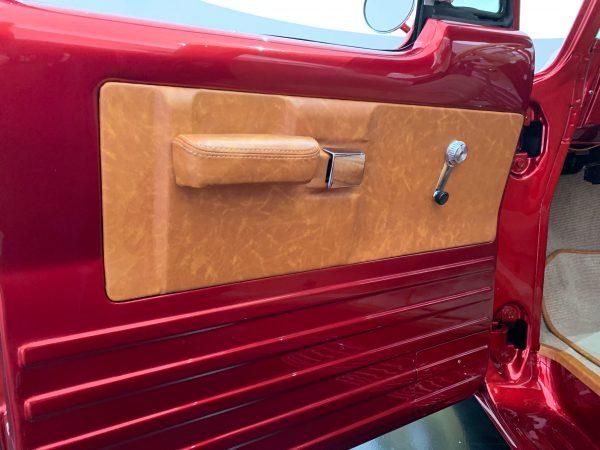 door panel of the Mopar® Dodge Lowliner Concept