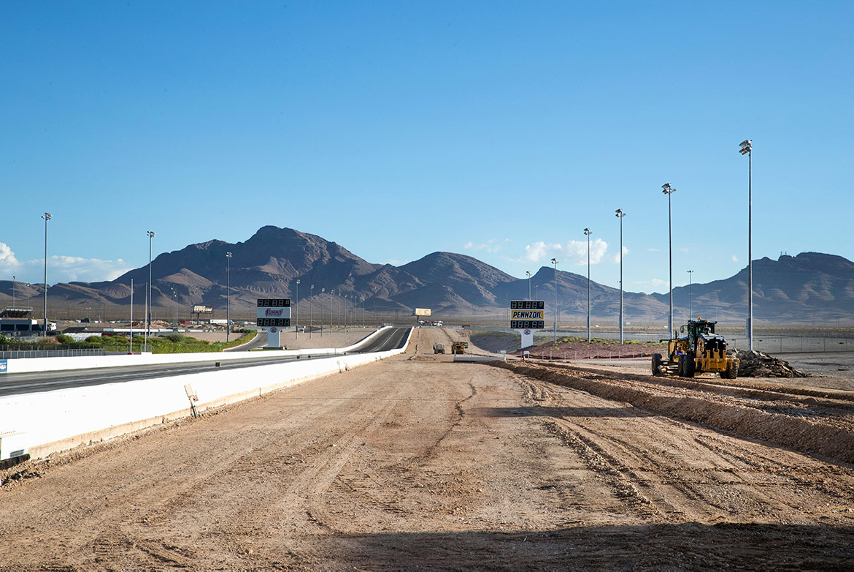 construction of las vegas motor speedway