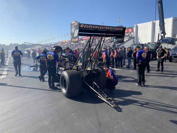 top fuel dragster and crew team