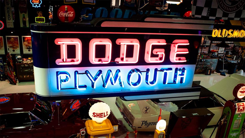 1940s/50s Dodge Plymouth Art Deco Neon Sign