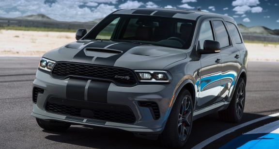 Dodge Durango SRT Hellcat: Powered by the proven supercharged 6.2-liter HEMI Hellcat V-8 engine, the Durango SRT Hellcat delivers a best-in-class 710 horsepower and 645 lb.-ft. of torque, mated to a standard TorqueFlite 8HP95 eight-speed automatic transmission