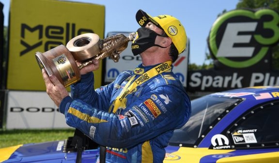 Long-awaited HEMI<sup>&reg;</sup>-powered Win for Capps at Indianapolis  Comes at Dodge NHRA Indy Nationals Presented by Pennzoil
