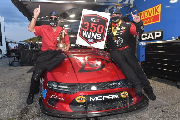Hagan Drives Redeye Funny Car to Don Schumacher Racing's Milestone 350th Win in Q3 Rescheduled Summernationals Final; Johnson Jr. Earns Top Spot in NHRA U.S. Nationals Qualifying