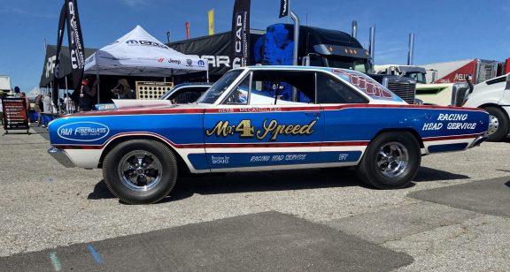 Factory Stock Shows Off at NHRA U.S. Nationals