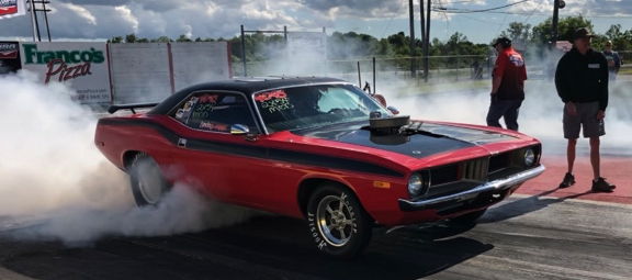 'Cuda doing a burnout