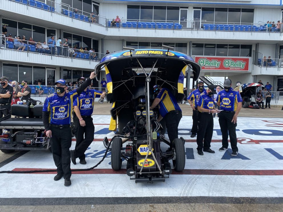 Ron Capps' team waiting to race