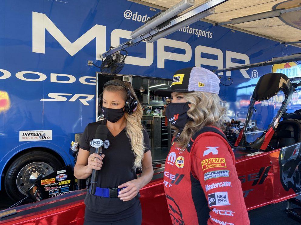 Leah Pruett doing an interview