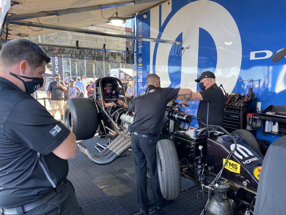 DSR crews working on cars