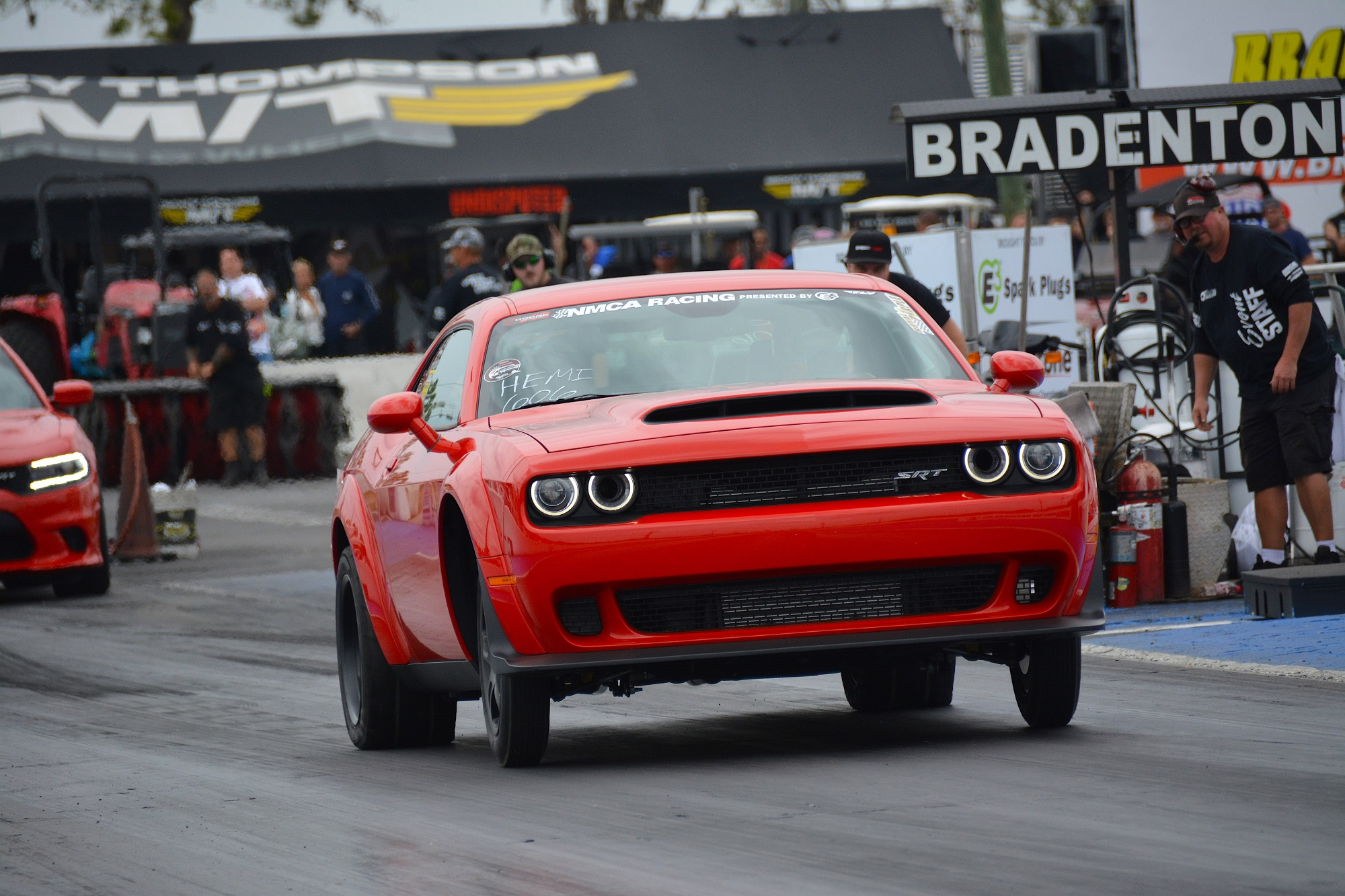 Dodge Challenger drag racing