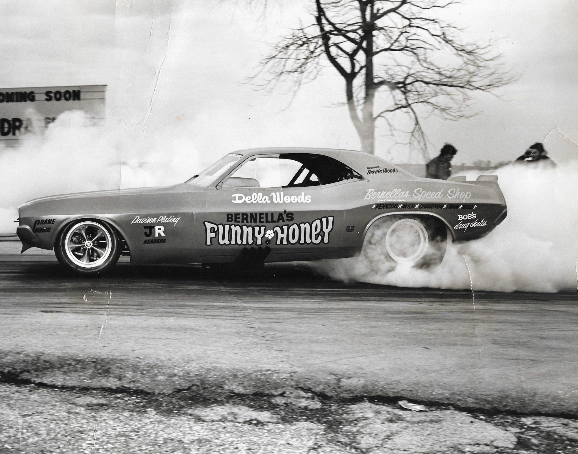 Della Woods car doing a burnout