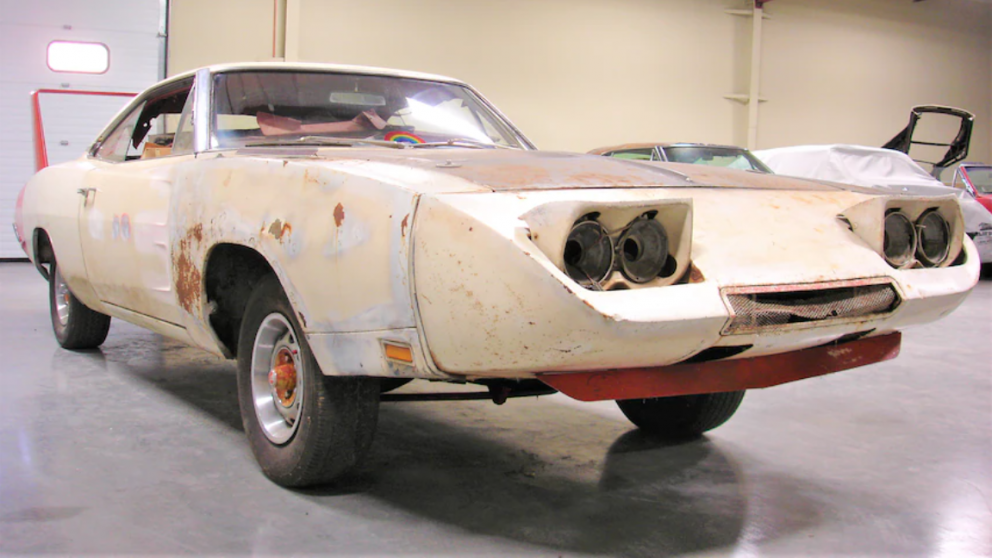 1969 Dodge Daytona front quarter