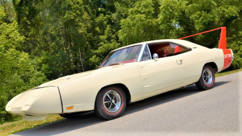 1969 Dodge Daytona side view
