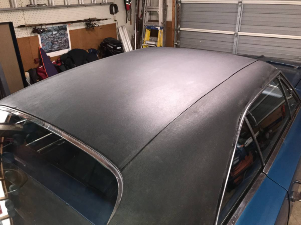 1969 Dodge Charger roof
