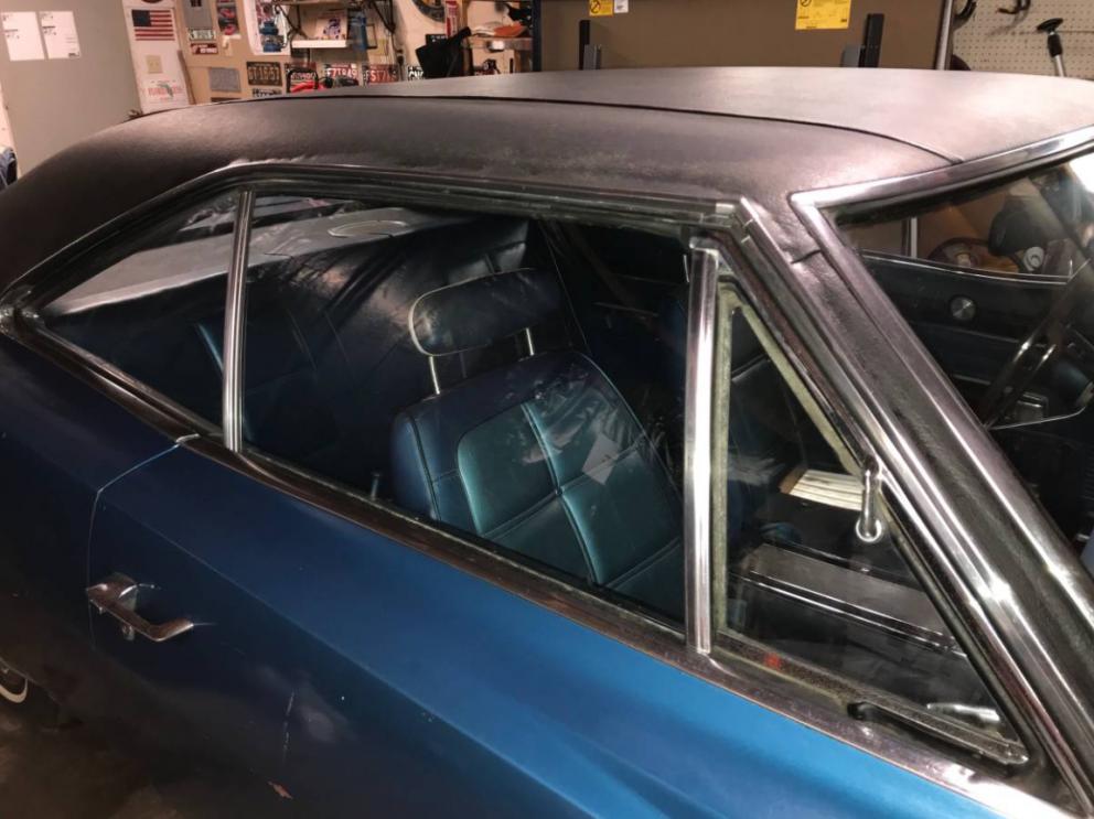 1969 Dodge Charger passenger's side