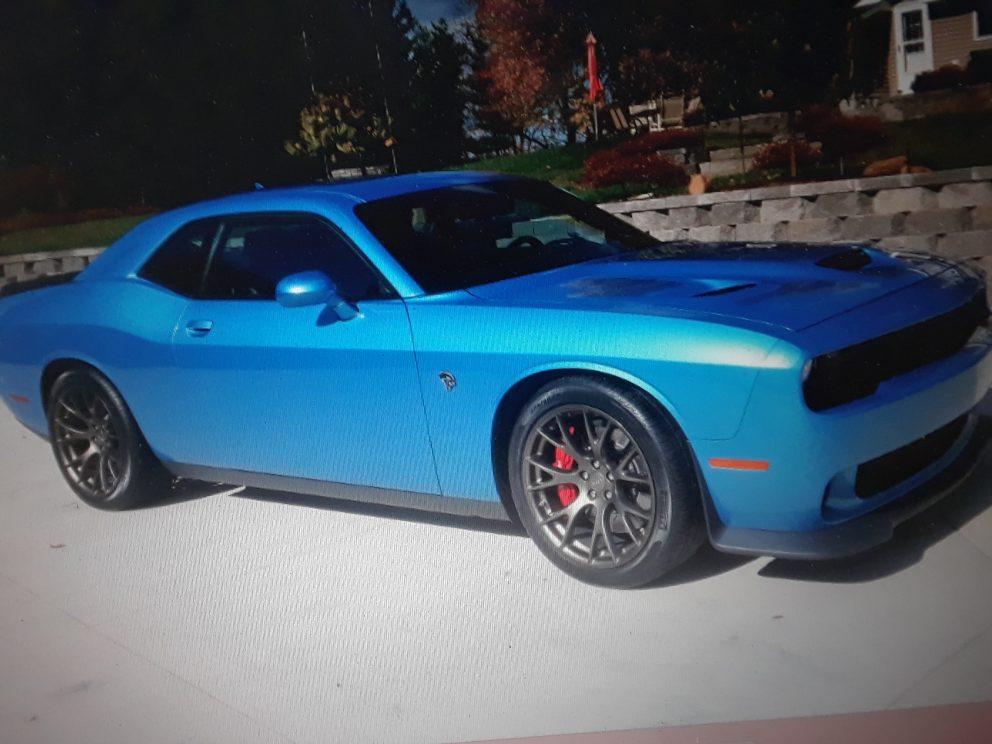 Blue Challenger SRT Hellcat