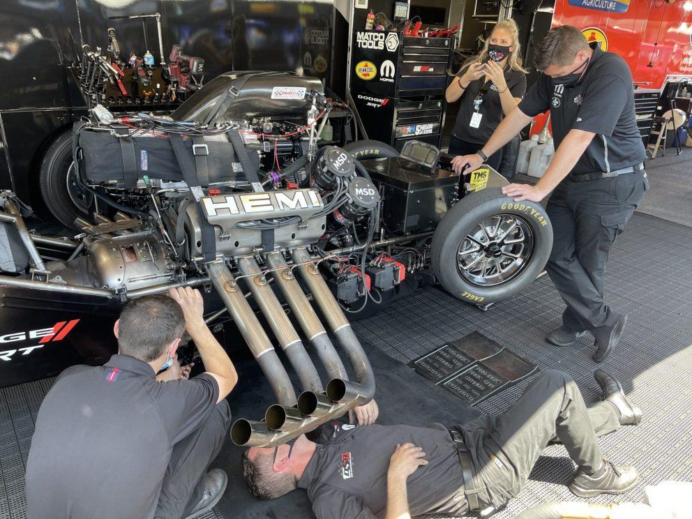 DSR crews working
