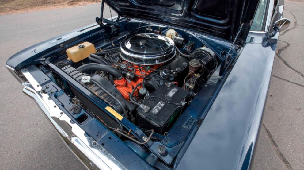 1966 Dodge HEMI Coronet 500 Convertible engine