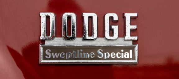 1971 Dodge D100 Sweptline Special Pickup