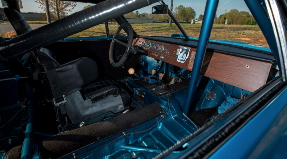 1969 Dodge HEMI Daytona Race Car interior