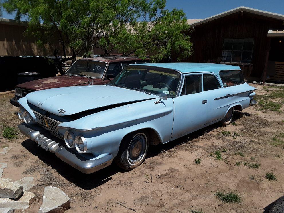 1961 Plymouth Savoy Wagon