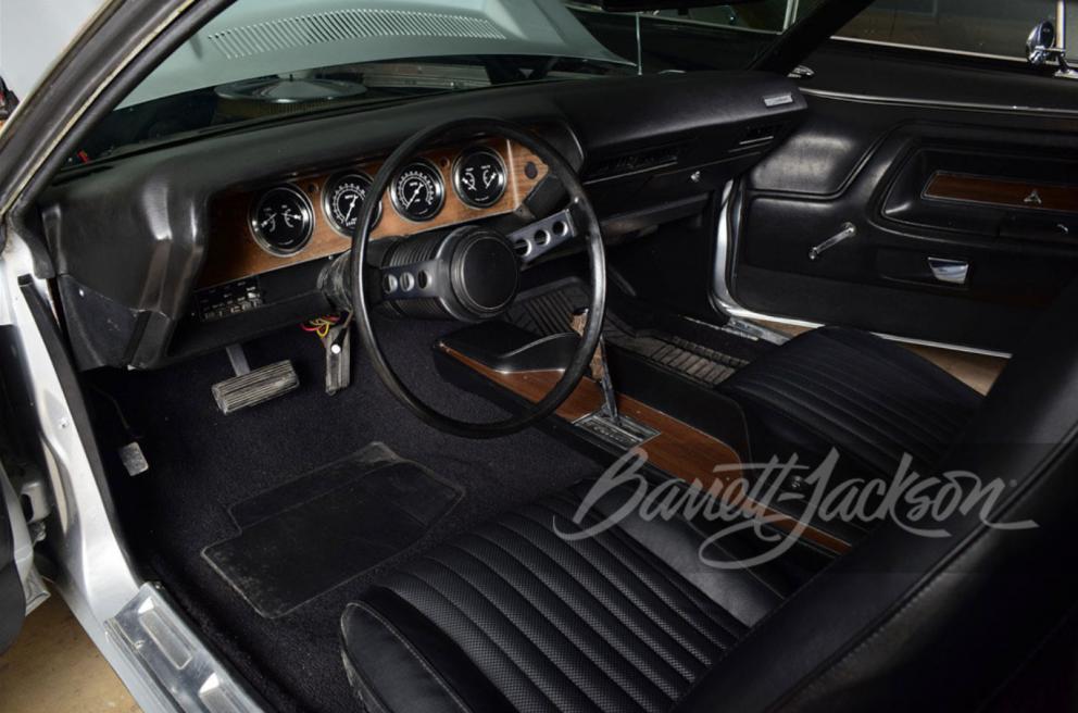 1973 Dodge Challenger Custom Coupe interior