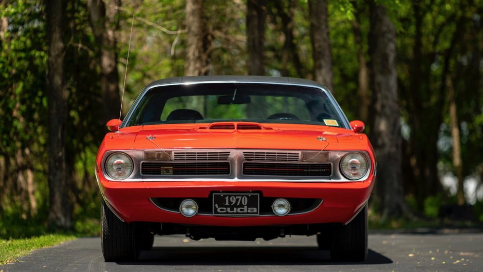 1970 Plymouth 'Cuda front end