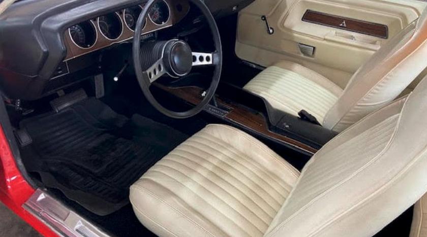 1973 Dodge Challenger Rallye 340 interior
