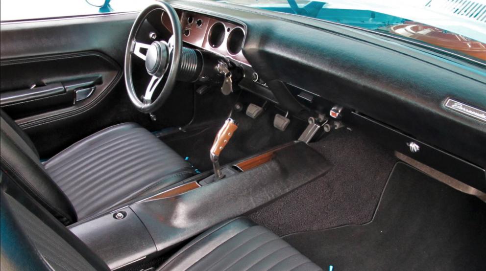 1972 Plymouth Cuda interior